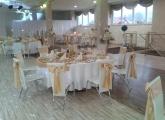 svadby-v-bardejove-kesel-zlata-vyzdoba-kvety